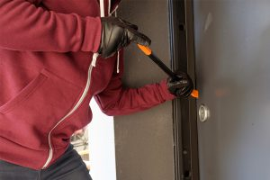 Schützt vor Einbrechern: Eine einbruchshemmende Ausführung der Tür.