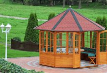 Mit verschiedenen Dachformen können Sie Ihrem Gartenhaus eine individuelle Note geben.