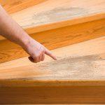 Bei täglicher Benutzung ist es kein Wunder, dass man es ihr nach einiger Zeit auch ankennt und die Holztreppe sanieren muss.