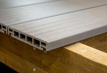 WPC-Dielen gibt es als Hohlkammerprofile und in massiver Ausführung.