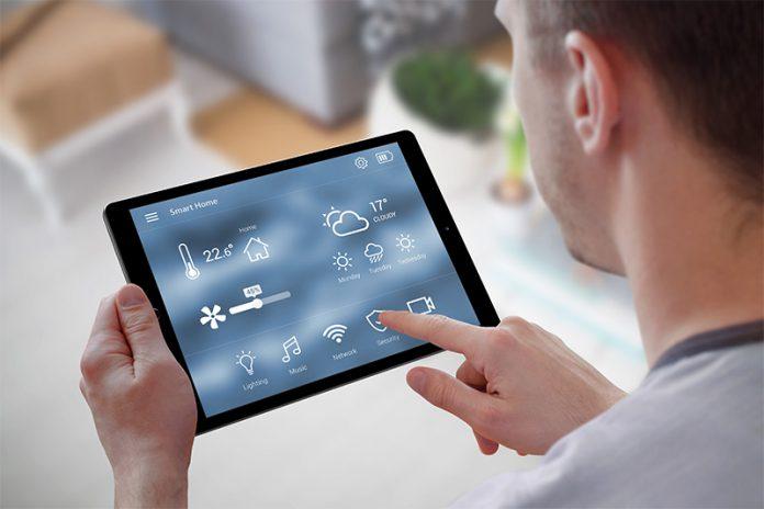 Das Smart Home kann auch Ihr Eigenheim sicherer, effizienter und vor allem intelligenter machen.