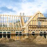 Häuser in Holzbauweise überzeugen nicht nur durch den Ökologischen-Fußabdruck, sonder auch durch zahlreiche andere Eigenschaften.