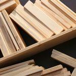 Holzwerkstoffplatten gibt es in vielen Ausführungen, Dicken und in verschiedenen Zusammensetzungen.