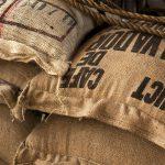 Vom Kaffee-Sack aus Jute zum Dämmstoff: Dämm-Jute.