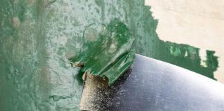 Ölfarbe entfernen mit Spachtel