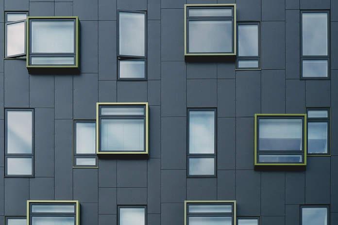 Fassade aus Eternitplatten