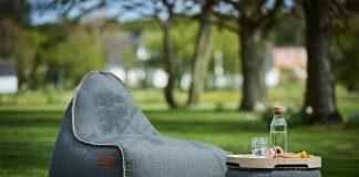 Poufs und Sitzsäcke liegen voll im Trend. Im Bild: Eine Kombination aus der RETROit Cobana Linie des dänischen Herstellers SACKit.