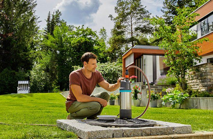Eignet sich optimal für die Wasserentnahme von einer Zisterne: Die Tauchdruck-Pumpe.